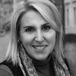 Caren Naudé